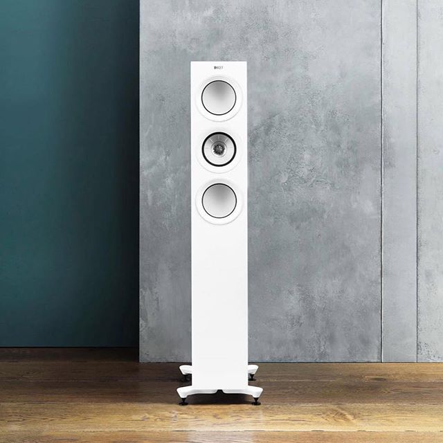 R Series offers a choice of three floorstanding speakers, a stand mount for more compact spaces and accompanying matching theatre models. Each one offers the finest sound KEF has ever delivered in its category whatever the dimensions of the room or system configuration. 🎼🎼🎼🎼 ⠀ ⠀ Come to Northshore and feel the powerful of sound. . ⠀ . ⠀ . ⠀ #speakers #audio #luxury #audiophile #hometheater #luxury #stereo #soundsystem #stereosystem #hifiaudio #highendaudio #wirelessspeaker #hometheatre #surroundsound #Kefaudio #hifi #kefrseries