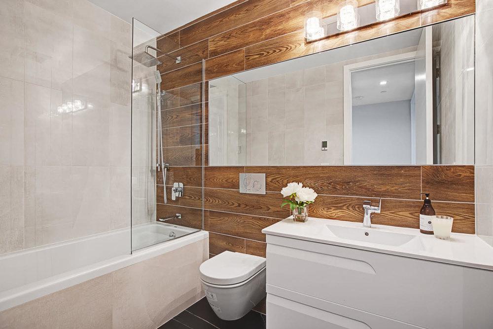 16_Bath.jpg