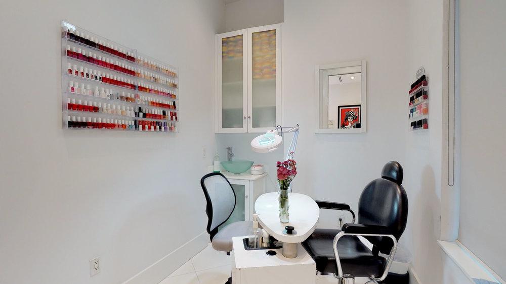 La-Fenice-Salon-Spa-11142018_114854.jpg