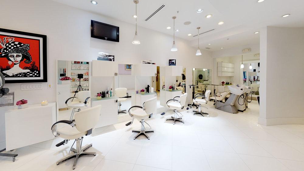 La-Fenice-Salon-Spa-.jpg