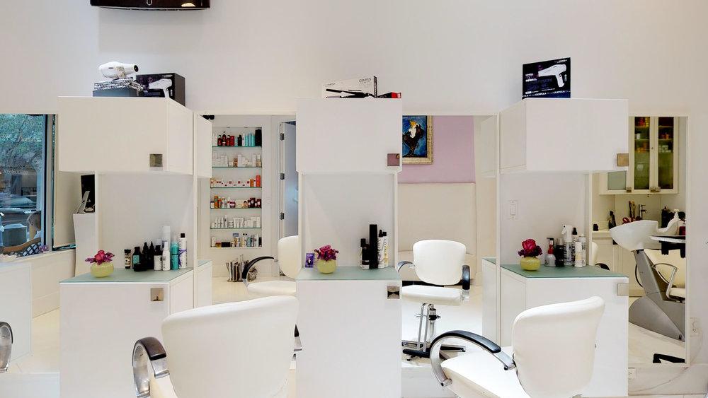 La-Fenice-Salon-Spa-11142018_114040.jpg