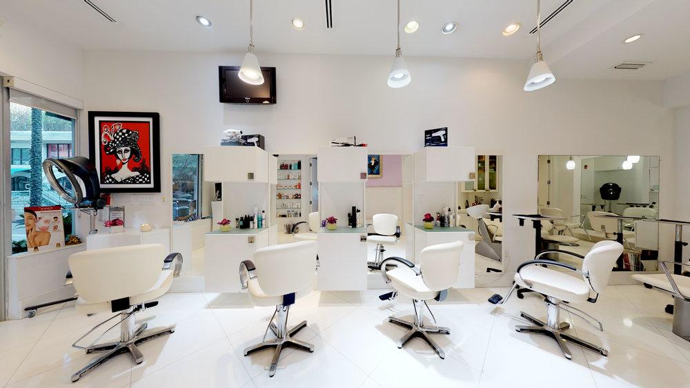 La-Fenice-Salon-Spa-11142018_114002.jpg