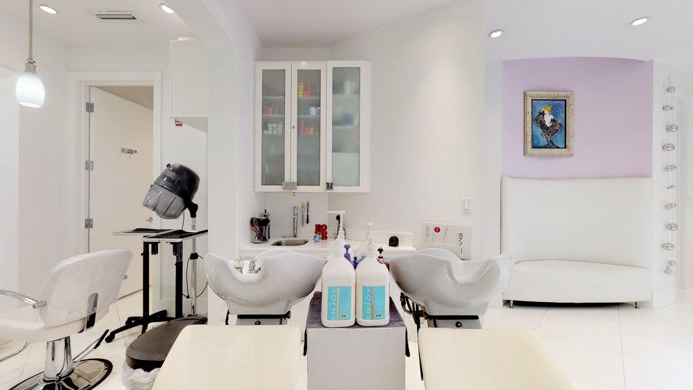 La-Fenice-Salon-Spa-11142018_114248.jpg