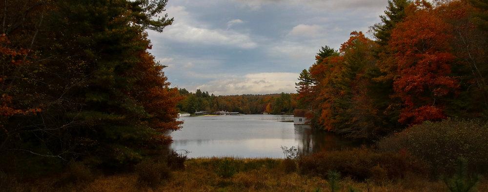 Roaring Gap lake autumn (1 of 1).jpg