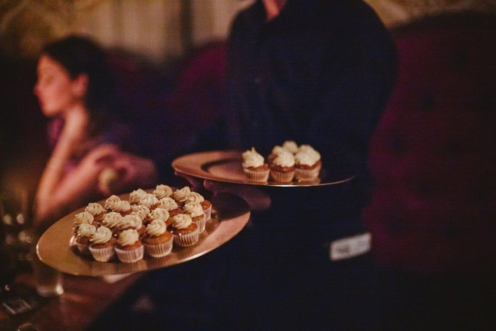 cupcakeswedding.jpg