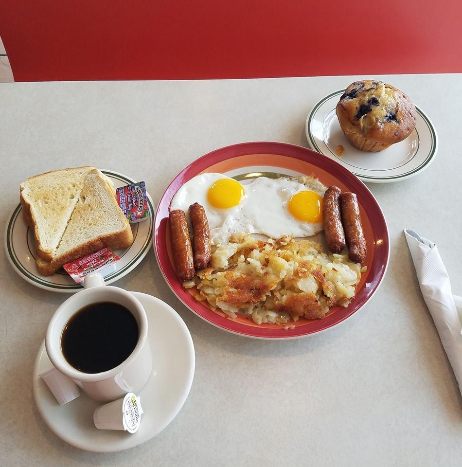 2 E. main street - Broadway Diner(302) 464-1065