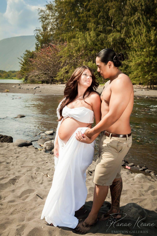 Big-Island-Maternity-Photographer-Luxury-Timeless-Hawaii-21.jpg