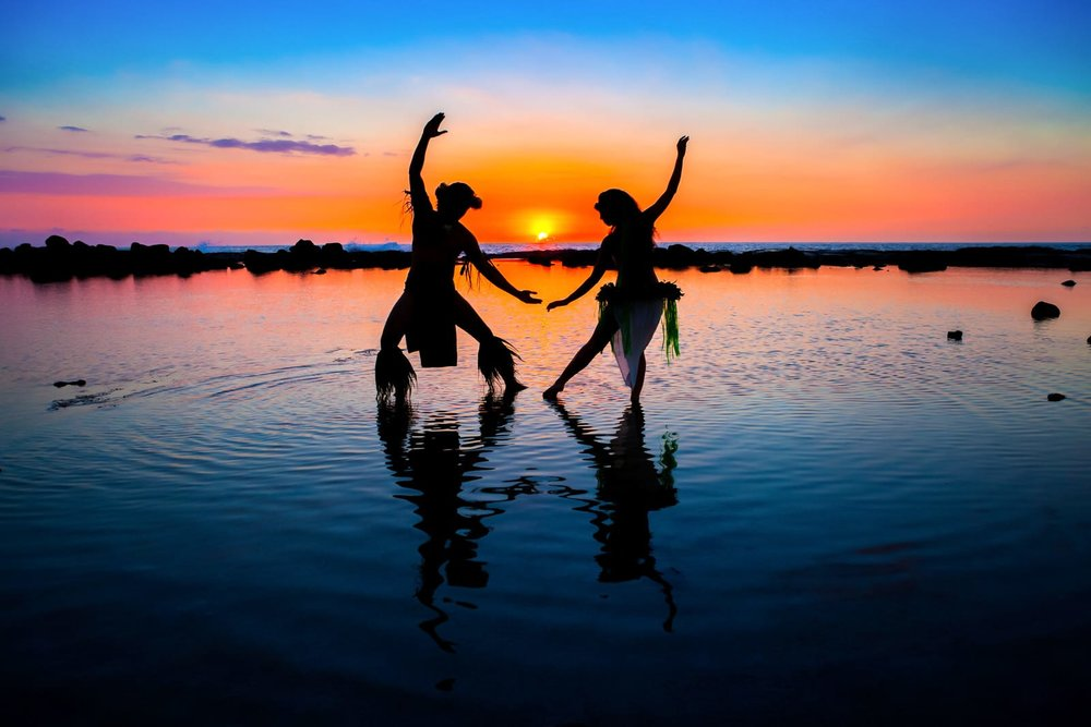 Hawaiian-Island-Dancers-Sunset.jpg