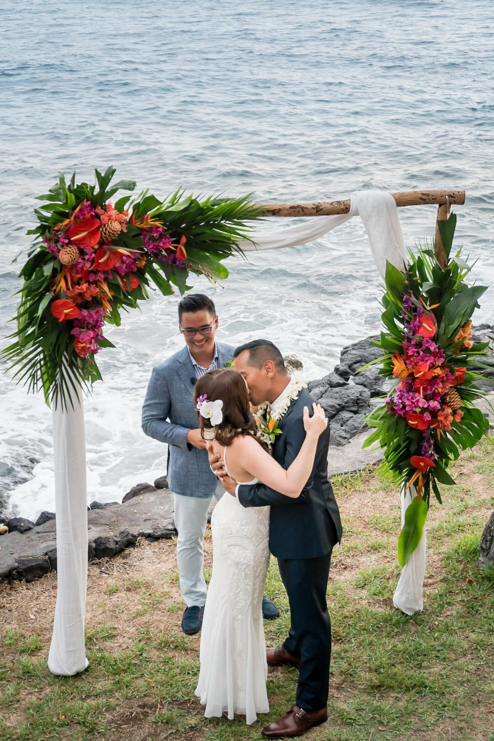 Big-Island-Hawaii-Jade-Keyes-Derrick-Alig-Daylight-Mind-Kailua-Kona-Hawaii-Wedding15.jpg