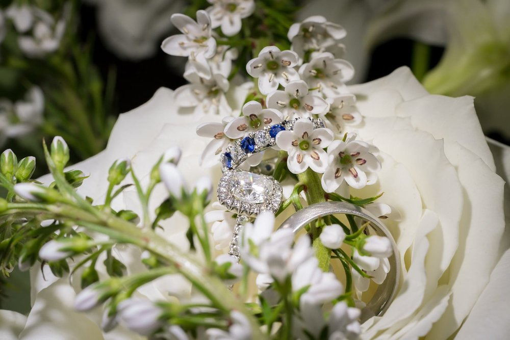 sapphire-diamond-square-cur-delicate-pretty-wedding-engagement-ring-photograph