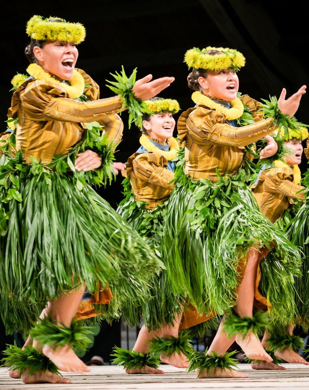 Halau-Manaola-Merrie-Monarch-Hula-Festival-EMotion-Galleries-Ranae-Keane-Photography-Destination-Wedding-Big-Island-Hawaii_010_180406_.jpg