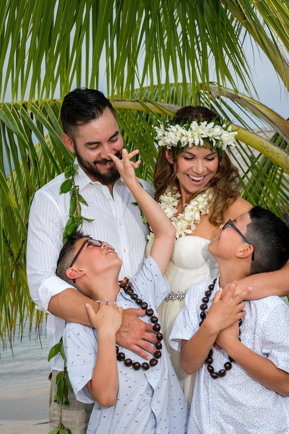 King Kamehmeha Beach Hotel Marriott Kailua-Kona Hawaii Beach Wed