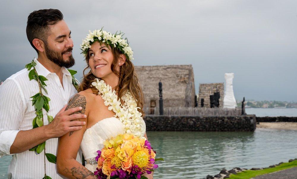 heau-King-Kamehameha-Beach-Hotel-Marriott-aloha-wear-wedding-party-.jpg