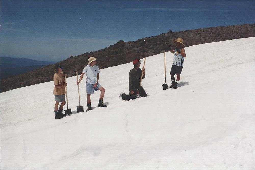 1990 Pipe Crew.jpg