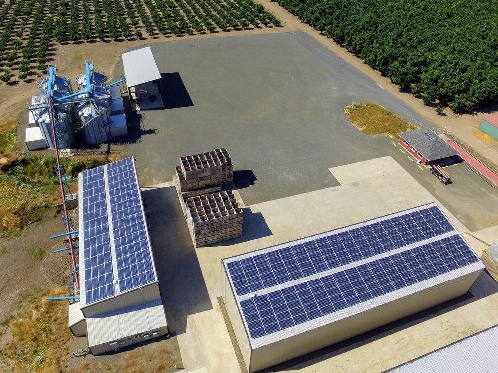 commercial solar panels newberg oregon.jpeg