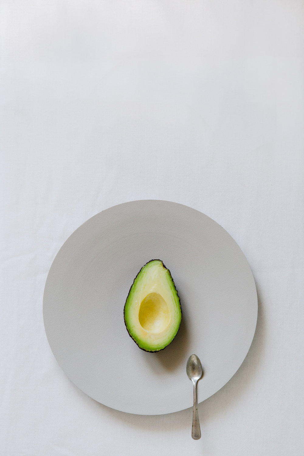 Avocado for lunch | photography & styling by Joske Simmelink