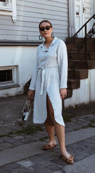 Madeleine Lohne in Dakota dress.