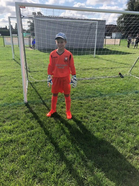 Club GK - Goalkeeping School in Peterborough - Darren Gibbons - Goalkeeper Coach