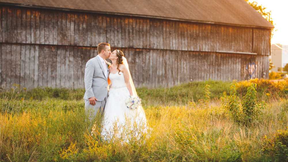 Rustic-Barn-Wedding-Photo-Maneeleys-CT.jpg