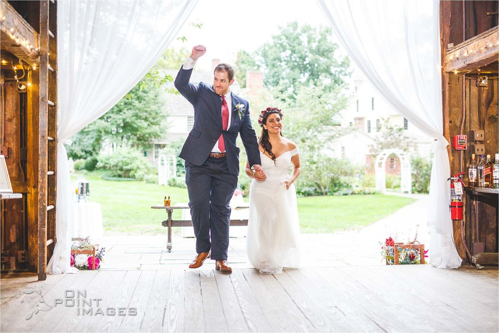 webb-barn-wedding-photography-silas-robbins-house-28.jpg