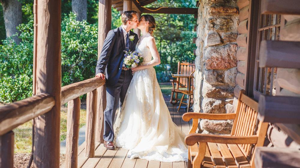 Wickham-Park-Wedding-Photographs-9.jpg