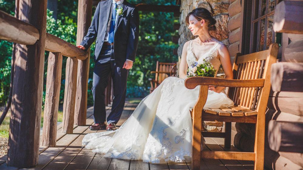 Wickham-Park-Wedding-Photographs-10.jpg