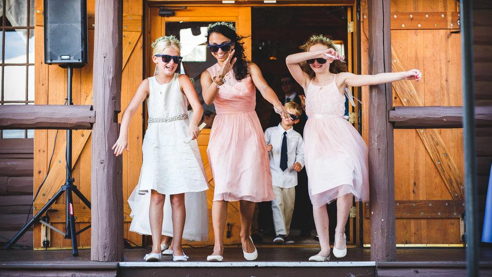 Wickham-Park-Wedding-Photographs-14.jpg