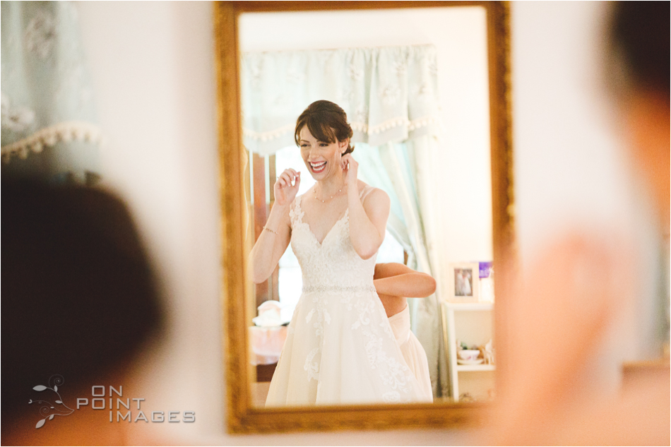 connecticut-wickham-park-wedding-photographer-06.jpg