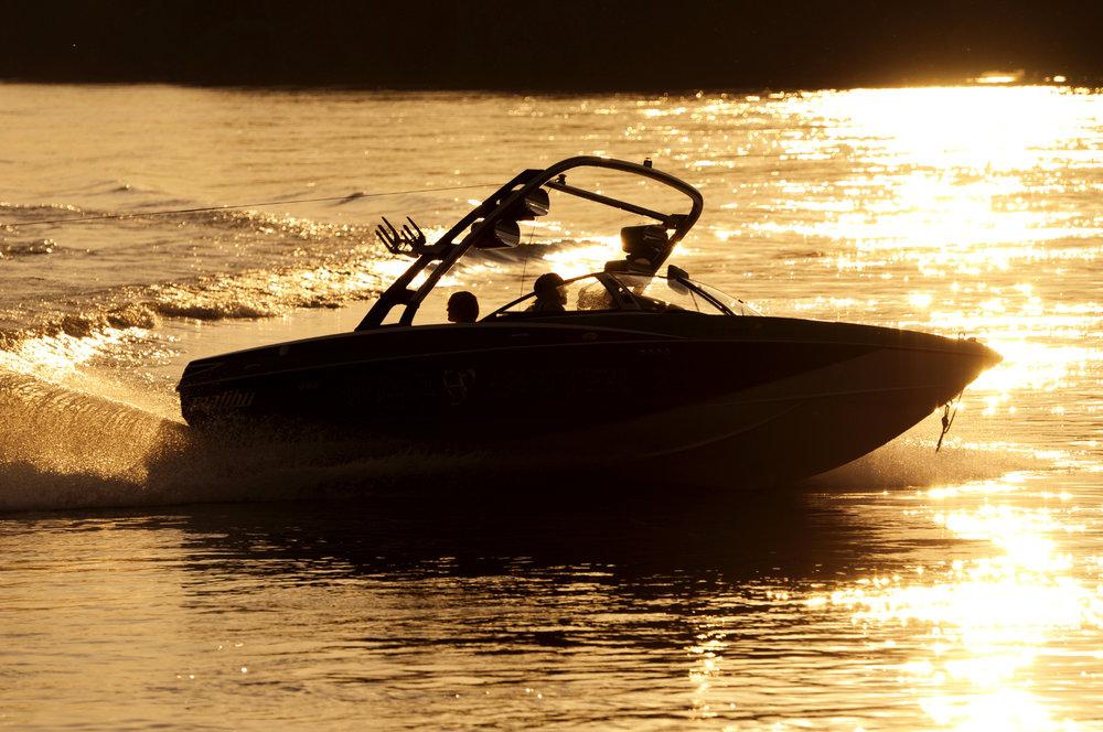 Finest-Boats-2.jpg