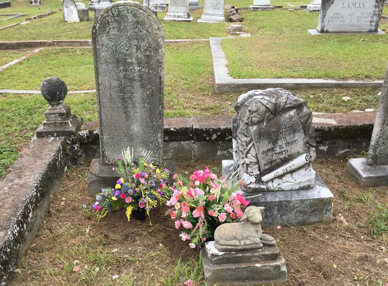 kim-carter-author-baby-belle-grave.jpg