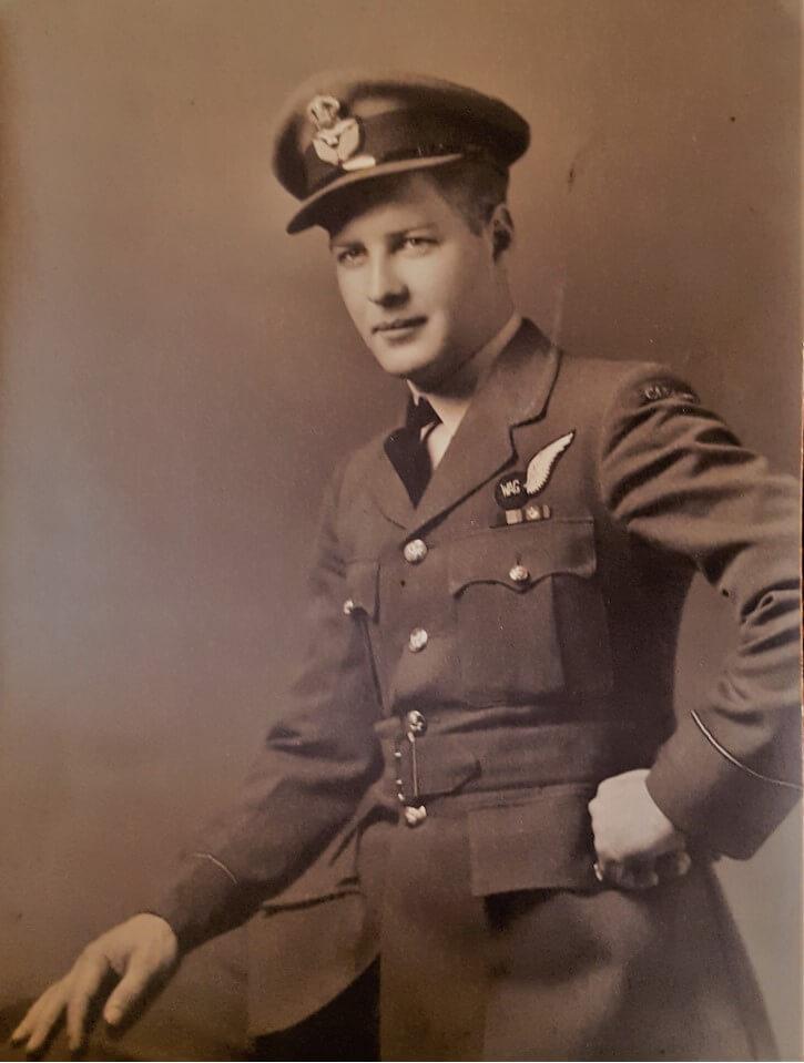 4a -- Norman MacDonald CRAF Navigator WW2.jpg