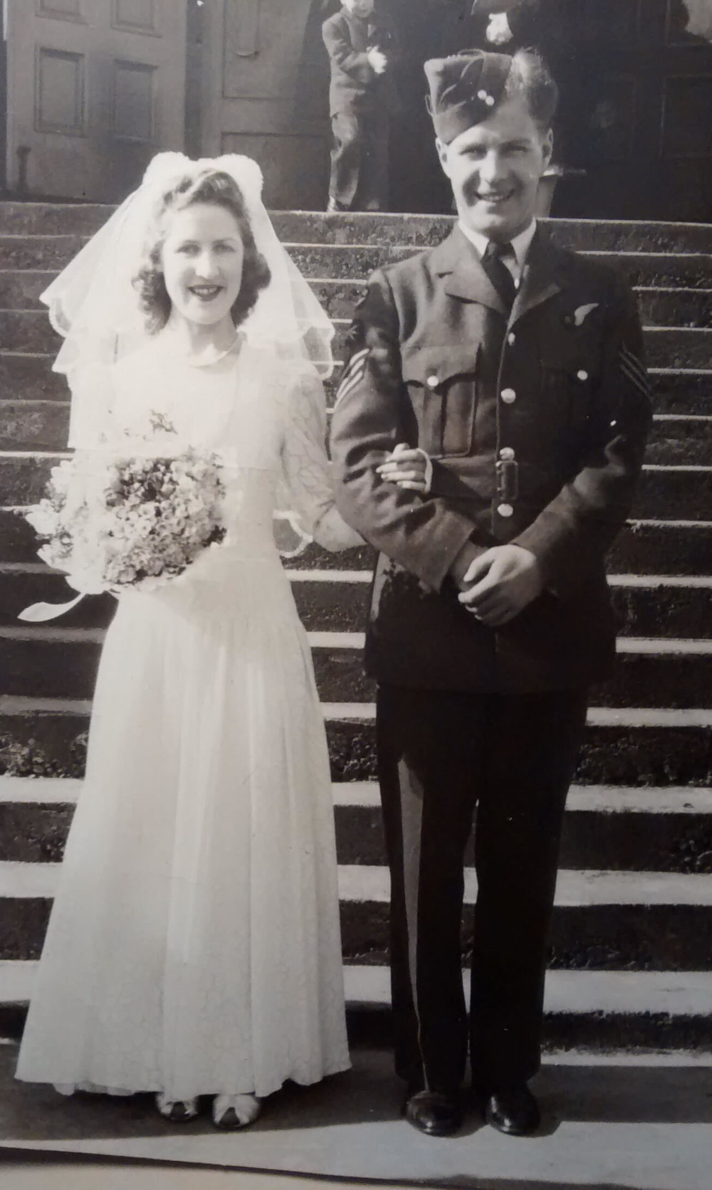 4c -- Bubs Freeman marries RCAF Airman Norman MacDonaldonleave1942.jpg