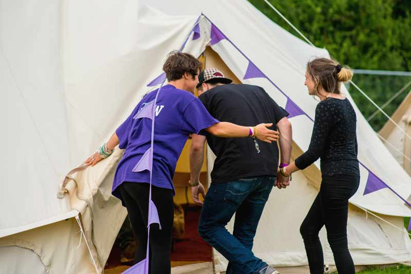 glamping-at-the-beer-festival-near-silverstone-at-blackpit-brewery004.jpg