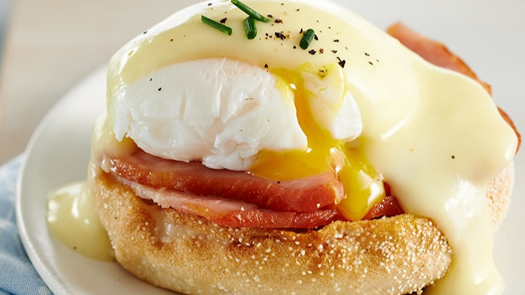 JCC-Ultimate-Eggs-Benedict-Opene1453924267.jpg