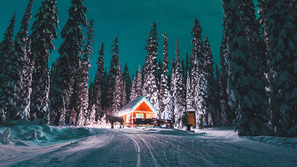 4. Sleigh Ride & Dinner - A romantic evening sleigh ride to a rustic mountain cabin where a romantic dinner awaits. For Big White tours click here. For Silverstar tours click here. (Photo: Big White Ski Resort)