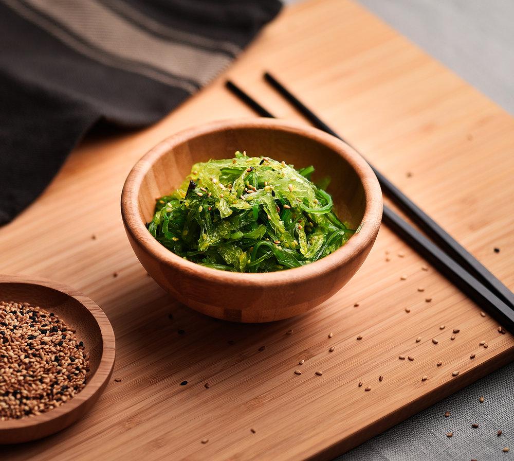 Ensalada de wakame - Ensalada fresca de wakame.Sabor a mar en todo su esplendor.4.50€