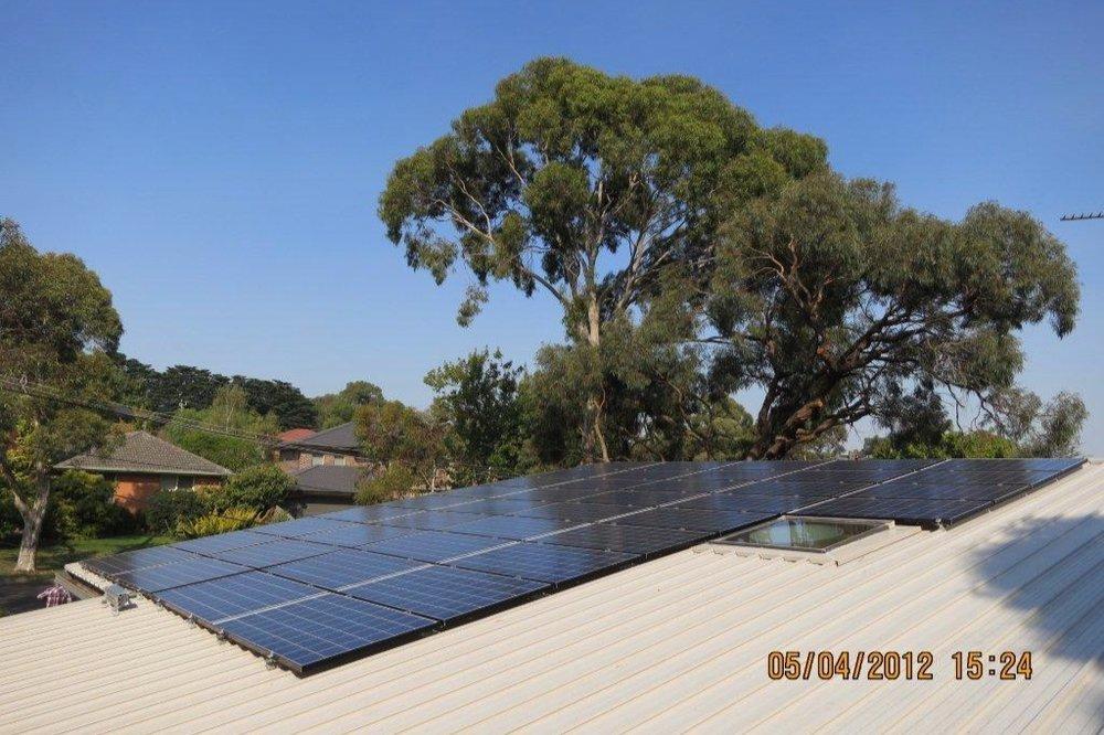9.8kWp installation in Glen Waverley, Victoria.