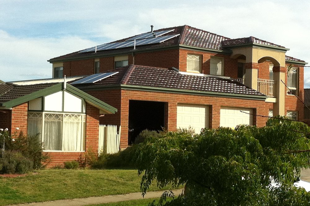 2012: 3kWp system in Lilydale, Victoria: