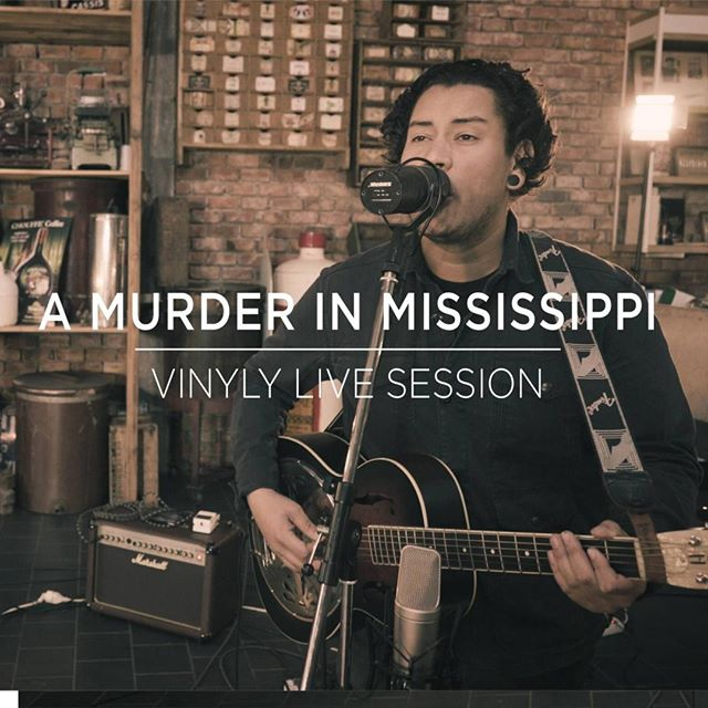 Down for some mississippi roots music vibe? Today's featured song comes from A Murder In Mississippi watch and hear on www.vinylymusic.com (link in bio) ⠀⠀⠀⠀⠀ ...⠀⠀⠀⠀⠀⠀⠀⠀ ..⠀⠀⠀⠀⠀⠀⠀⠀⠀ #livemusic #musicdiscovery #amurderinmississippi #bluesmusic #RecordingSession #folkmusic #ghent #brewery #rootsmusic #doublebass #washboard #acousticguitar #newmusicalert #malesinger #jenever #livesession #kexp #audiotree #tinydesk #violin #belgiummusicscene #soundslikeroots #vinylylivesession #vinylymusic