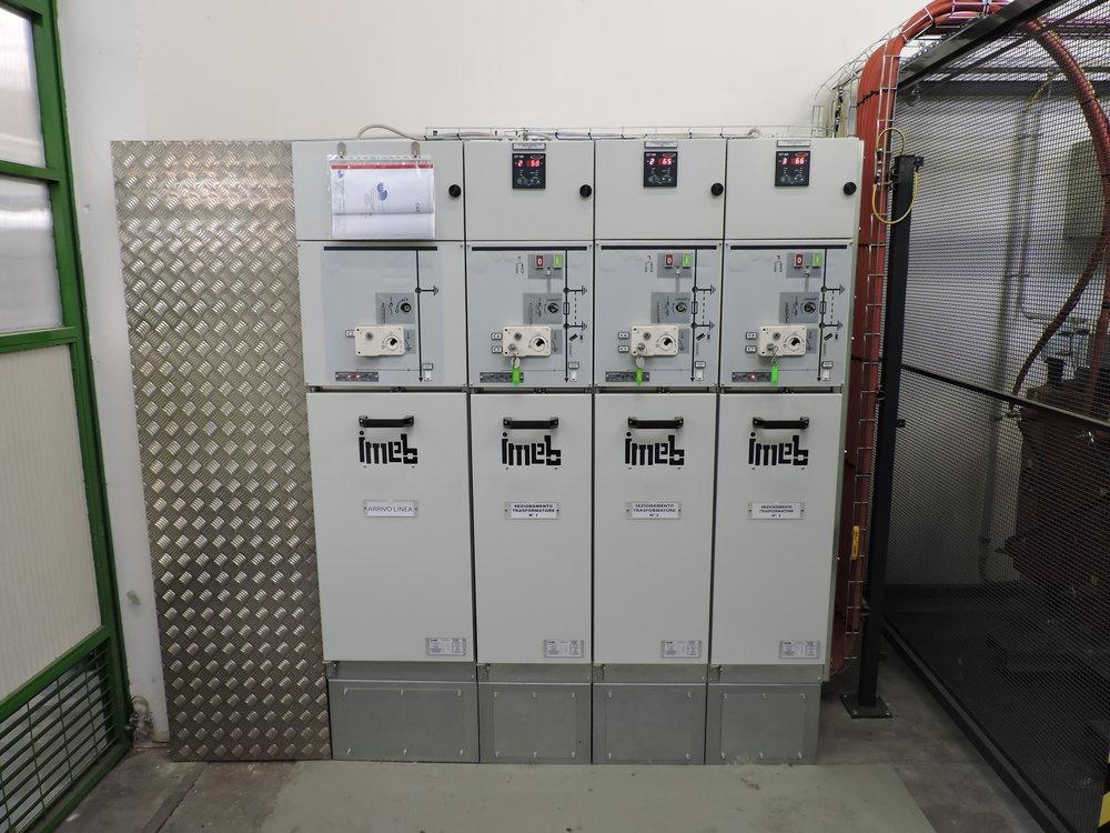 sirp impianti elettrici cabine elettriche cuneo cherasco piemonte progettazione installazione manutenzione sistemi elettriciDSCN1799.JPG