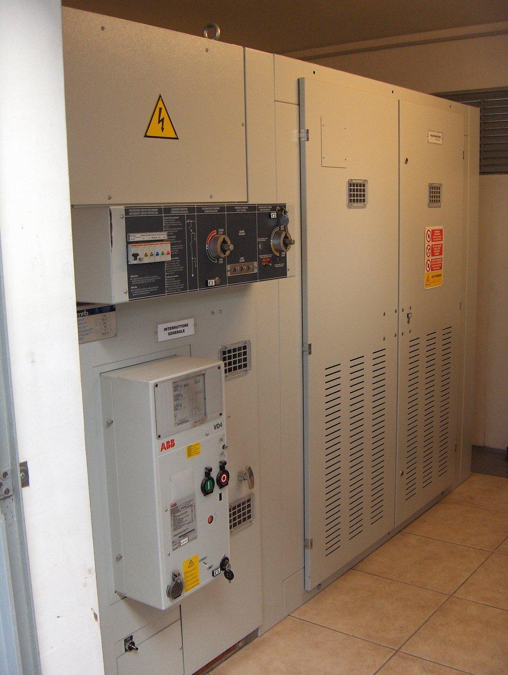 sirp impianti elettrici cabine elettriche cuneo cherasco piemonte progettazione installazione manutenzione sistemi elettriciHPIM3861.JPG