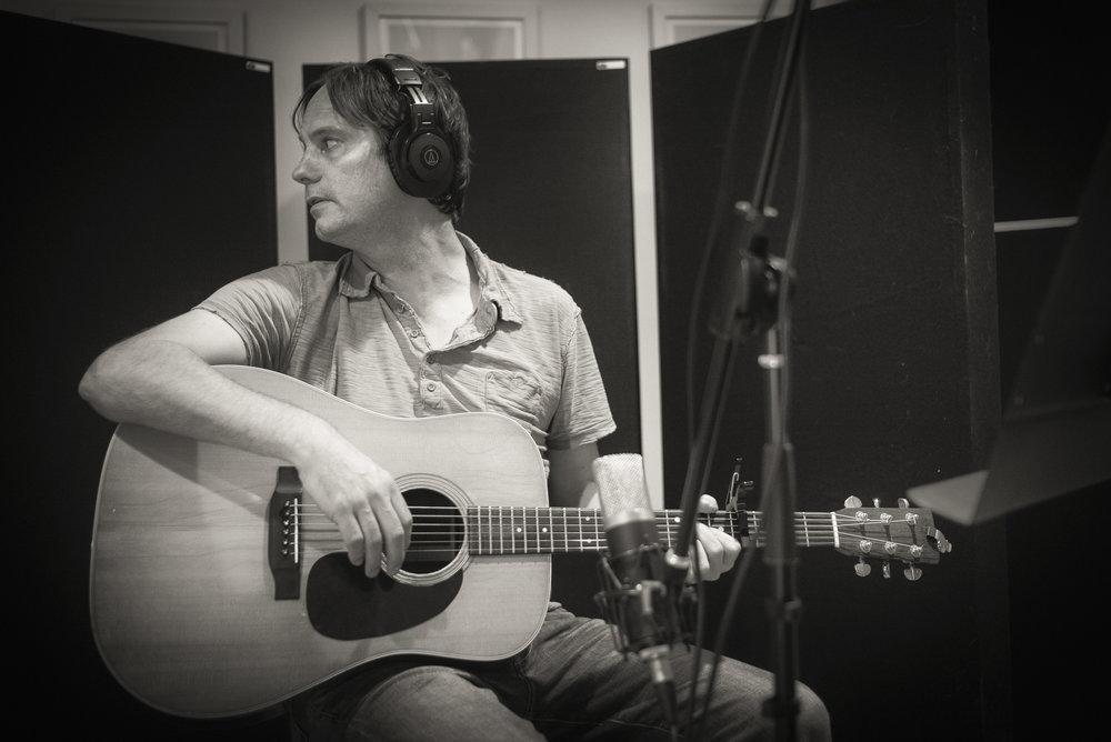 CHRIS ALLEN - Acoustic Guitar. Cleveland's favorite singer/songwriter. Singer/guitar @ Rosavelt, Falling Stars, Ohio City Singers.