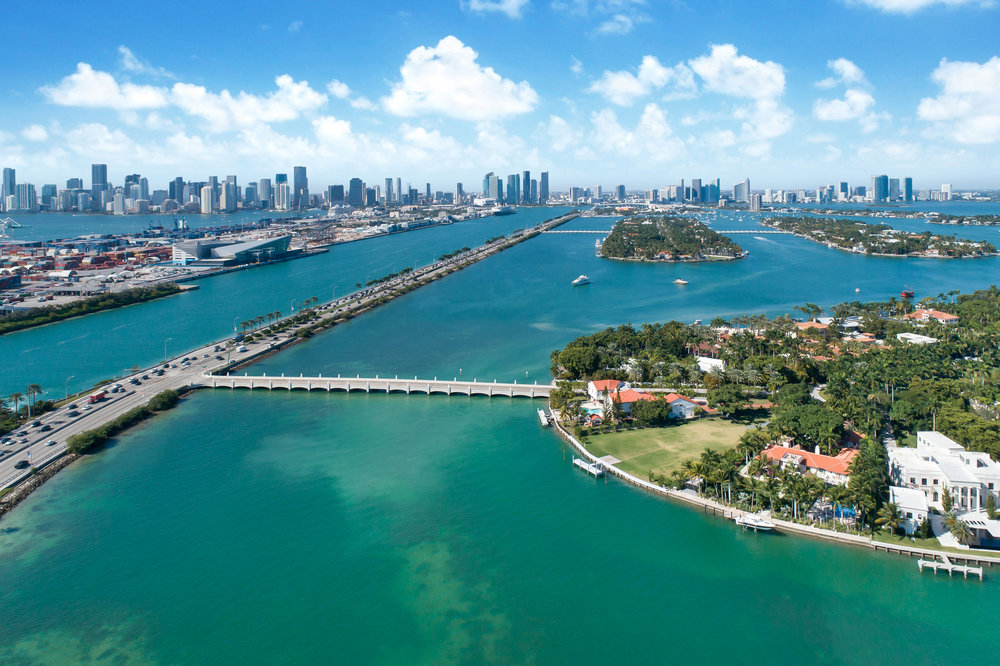 $18,000,000. - Star Island is a prestigious guarded paradise located in Miami Beach and only accessible by using Bridge Road.