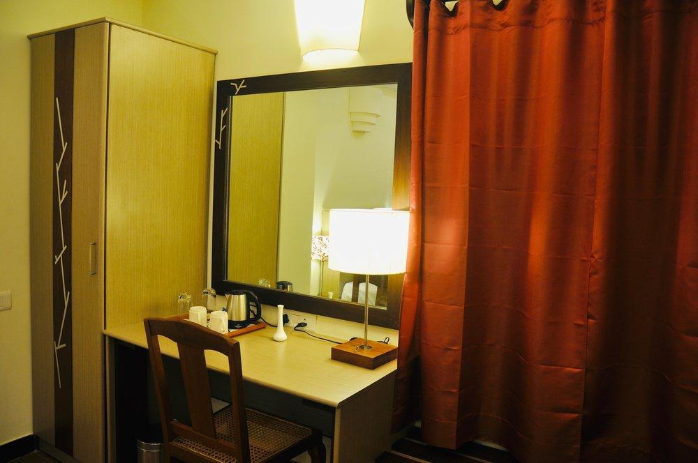 Room2.jpeg