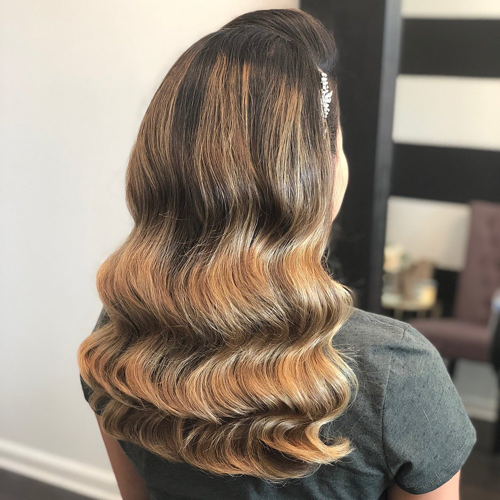 Hollywood Waves - This glamorous and elegant hairstyle looks good on every bride! Make a statement with clean, voluminous waves. This style can be added to my bridal package.