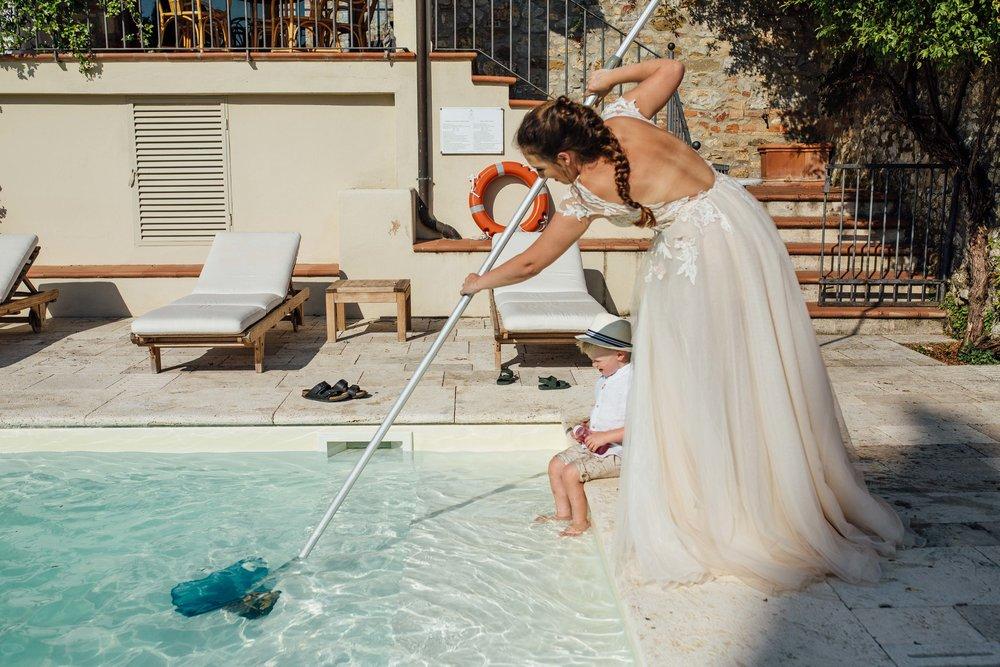 Villa La Selva Siena Wiskow and White Wedding Photographer