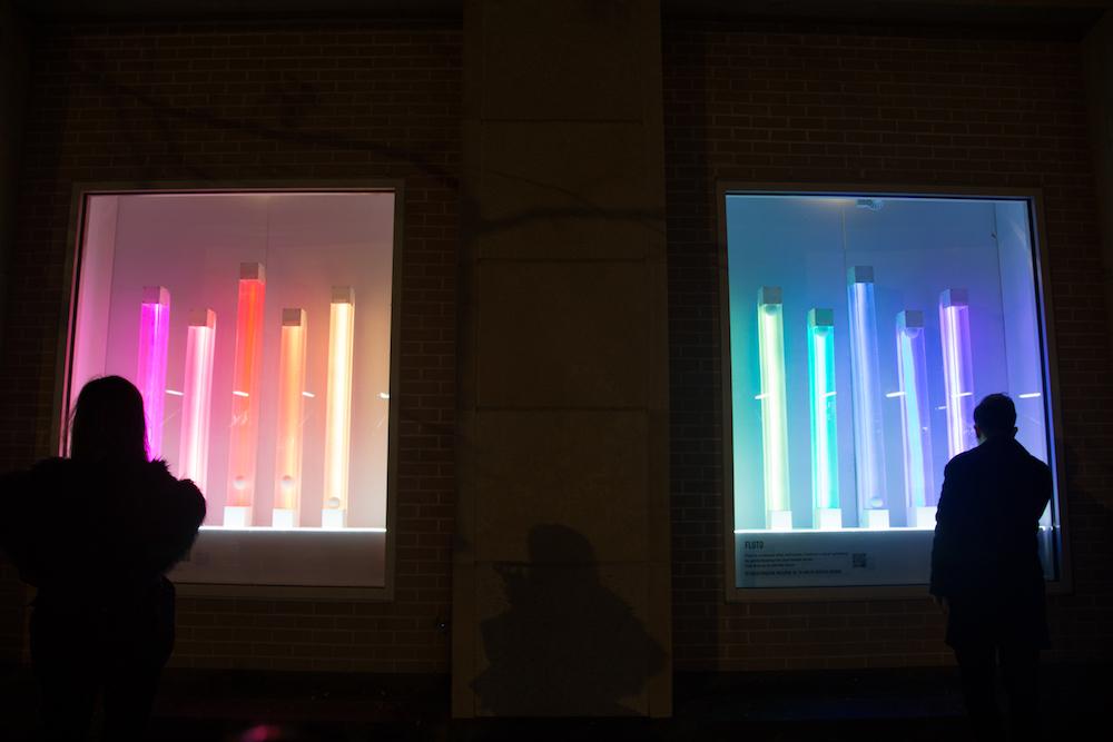 10 tubes of light in 2 windows