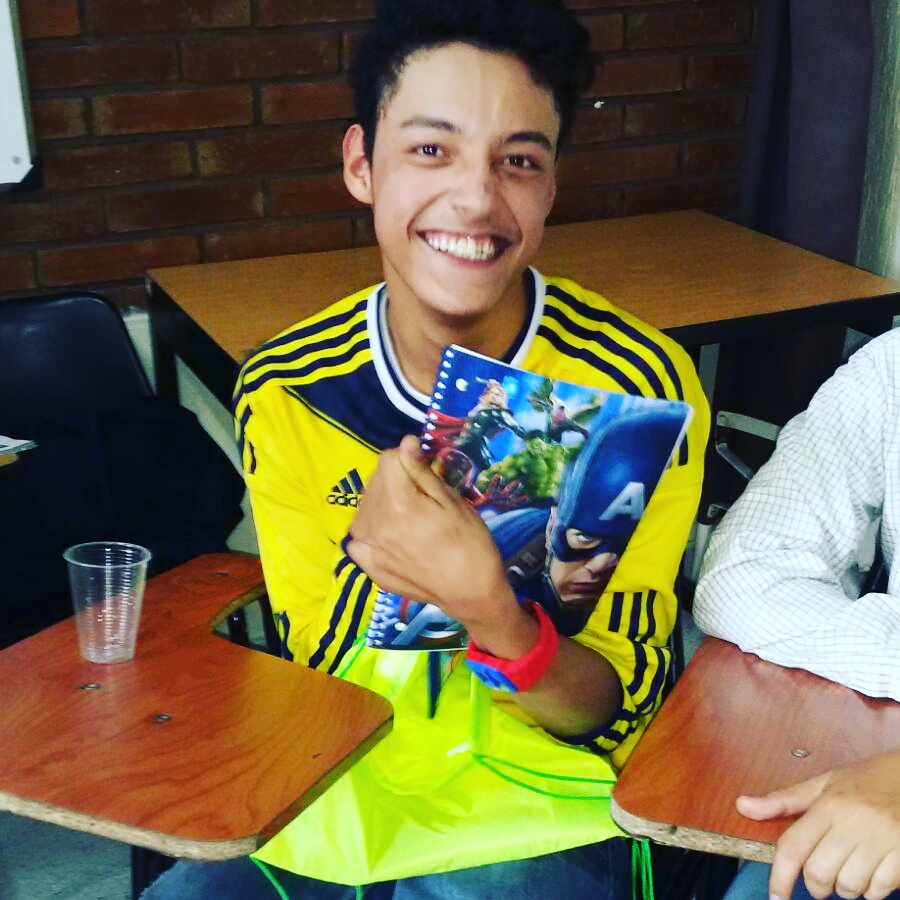 Rose 2 Hope giving back in Colombia