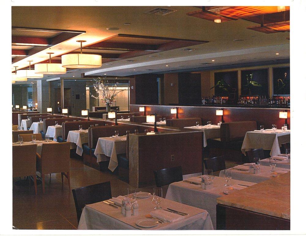 Restaurant: Rockafella Center, NYC - Custom Banquetts & Ceiling Panels