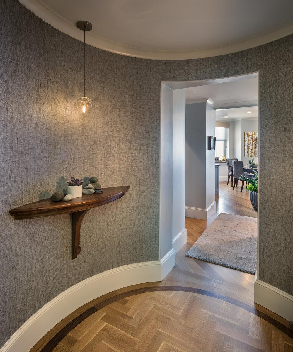 9-Foyer-in.jpg